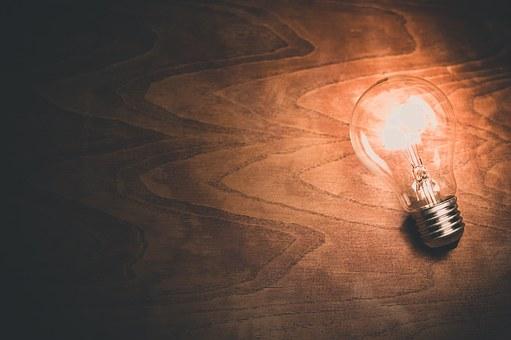 2 4light-bulb-1246043__340