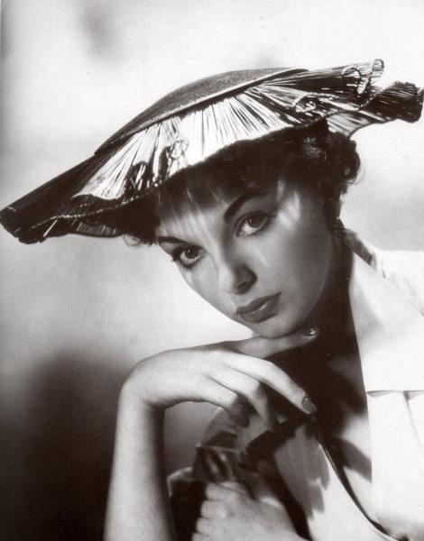 Joan_Collins_1952