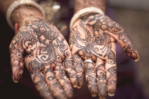 henna-691901__340
