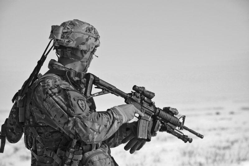 kar soldier-60707_960_720
