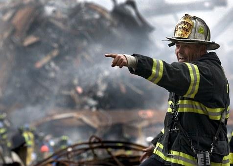 katastrofa fireman-100722__340