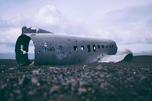 katastrofy airplane-1030855__340