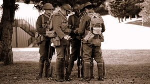 mundur soldier-1713105__340