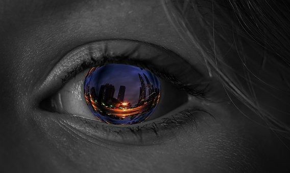 rzeczywistość eye-2040986__340