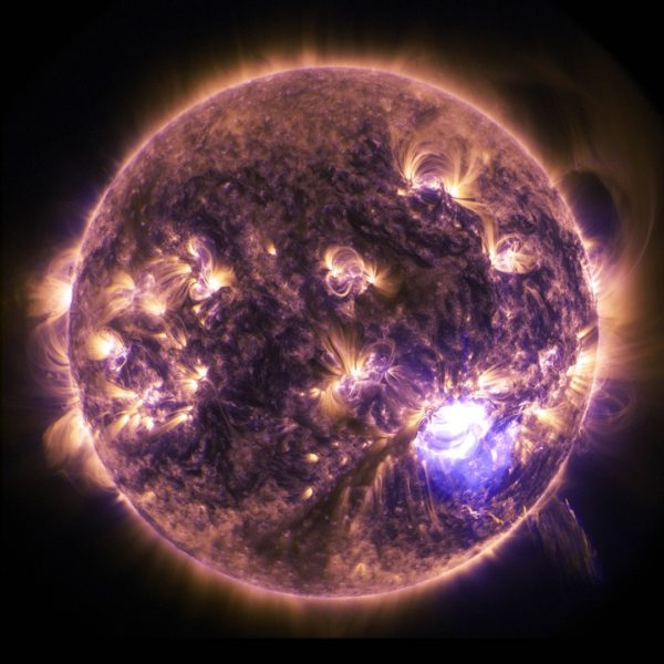 solar-flare-601043_960_720