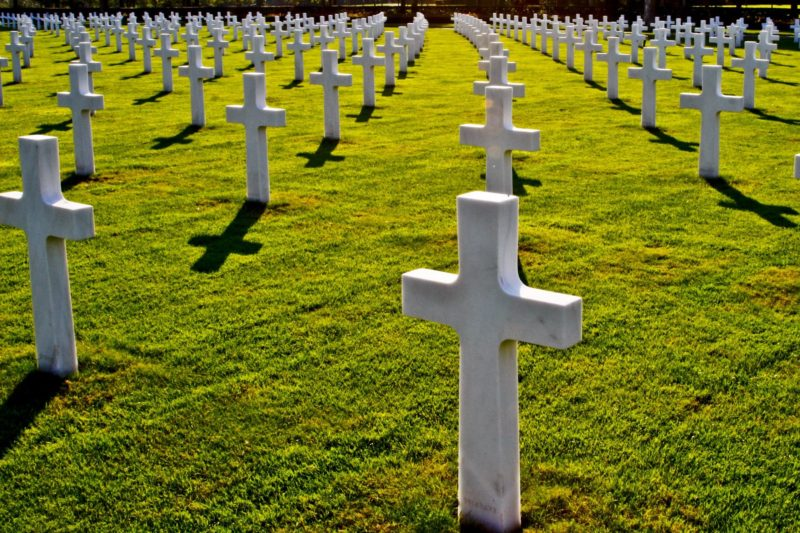 Zbiorowe samobójstwo – Jonestown [HD]